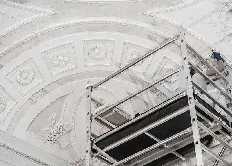 Artisan staffeur décoratif à la hauteur à Paris 20e | Argostaff